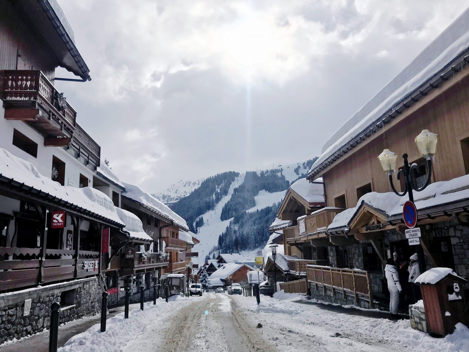 Les 3 Vallées: Having the Best Day in Méribel, France as a 20-Something